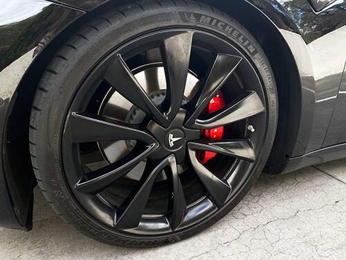 tesla motors wheel